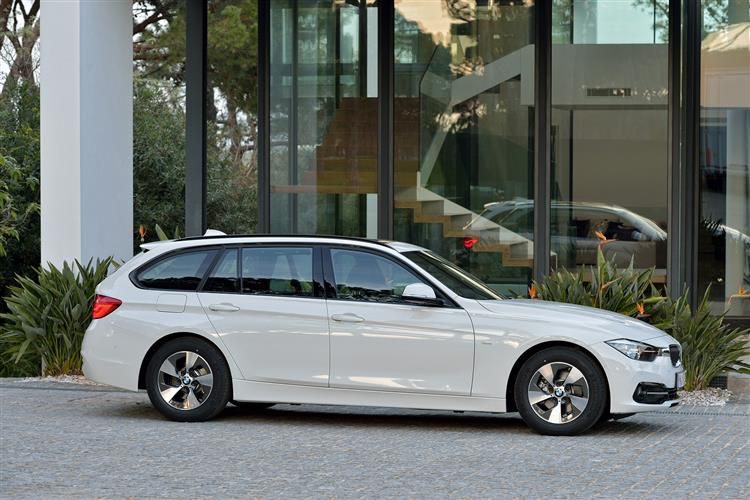 BMW 3 Series Small Image