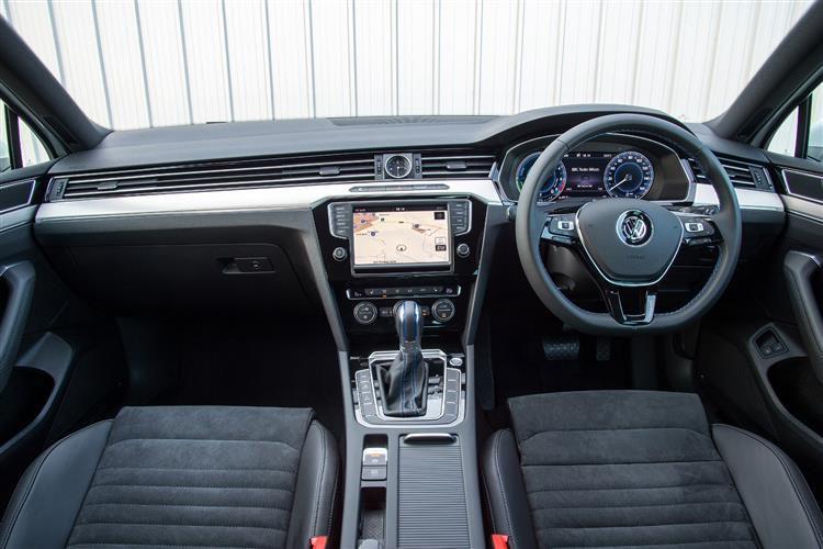 Volkswagen Passat Small Image